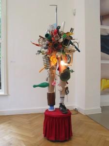 Pimmeltony, 2010, mixed media, 199  x 64 x 96 cm, Studiomove, Kolbe Museum, Berlin