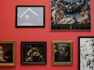 Se King, 2009, Video, color, sound, 7.30 minutes, installation view, Extradosis, Kunsthalle zu Kiel, 2011