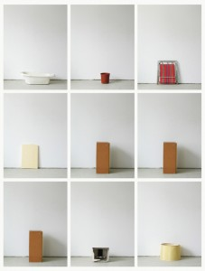 93 in Eins (Alles was in einen Bus passt), 2003, 94 Digitalprints, each 31 x 20 cm, T3