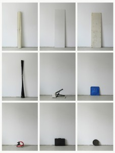 93 in Eins (Alles was in einen Bus passt), 2003, 94 Digitalprints, each 31 x 20 cm, T6