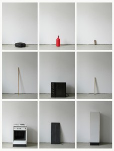 93 in Eins (Alles was in einen Bus passt), 2003, 94 Digitalprints, each 31 x 20 cm, T9