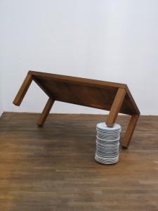 Mittag bei Ruthenbeck, 2007, wooden table, porcelain plates, 58 x 65 x 130 cm, Galerie Kunstagenten, Berlin