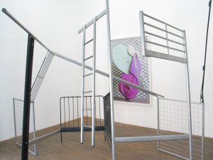 3 Doppelbett, 2009, found objects, 345 x 340 x 350 cm