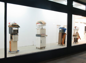 Vier Hunde, 2003, trolleys, found objects, sizes vary, Galerie KX, Hamburg,