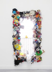 L'Ente la Rahm, 2011, found objects, size variable, 230 x 141 x 94 cm, Extradosis, Kunsthalle zu Kiel, 2011
