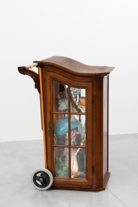 El Mondo, 2014, found objects, 79 x 65 x 110 cm, Junk de Luxe, Hopstreet Gallery, Brussel, Belgium, 2014