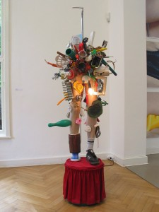 Pimmeltony, 2010, mixed media, 199  x 64 x 96 cm, Studiomove, Kolbe Museum, Berlin