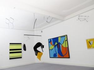 Tehklas-Gestellenstueck2-2011-chair-frames-installation-Extradosis-Kunsthalle-zu-Kiel-2011