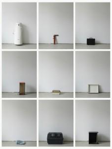 93 in Eins (Alles was in einen Bus passt), 2003, 94 Digitalprints, each 31 x 20 cm, T10