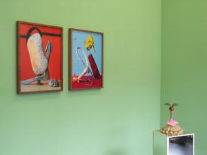 10 View mit Schalentaucher, 2009, 51 x 38 cm. C-Print und Quirillia 2009, 51 x 38 cm. C-Print  und Nasenoase
