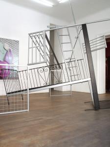 2 Doppelbett, 2009, found objects, 345 x 340 x 350 cm