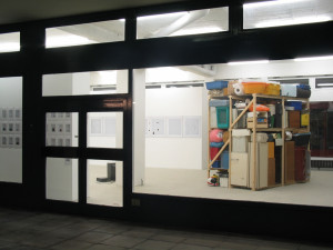 Suchen sammeln anwenden, Exhibition view, 2003, Galerie KX, Hamburg