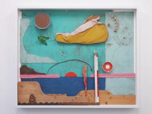Hornschuchl, 2017, Fundstuecke, Museumsglas, 185 x 220 x 23 cm_Gallery Guentner_PARADIECLIPSE©Brinkmann
