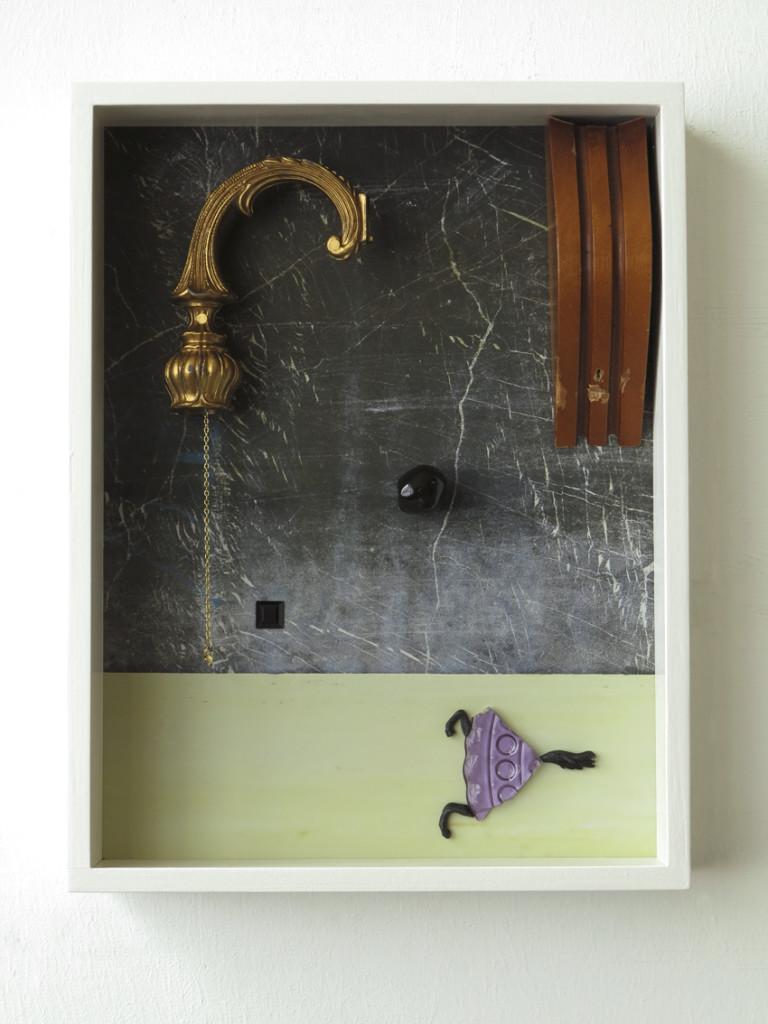 Horkolio, 2020, Archival Pigment Print + found objects, 40 x 30 x 6 cm©Brinkmann