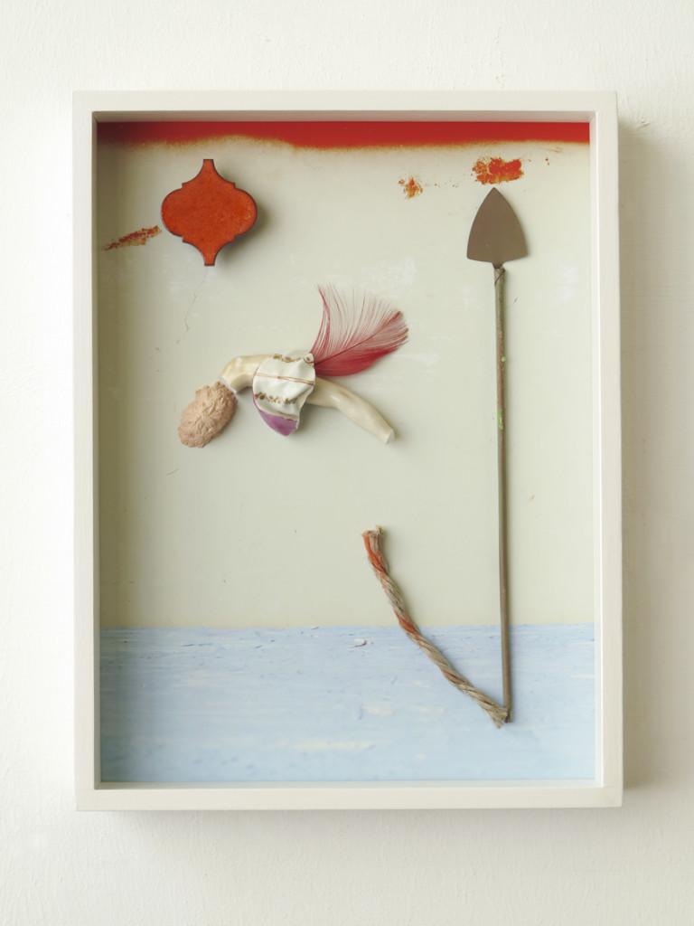 Ohhmarmi, 2020, Archival Pigment Print + found objects, 40 x 30 x 6 cm©Brinkmann.tif,