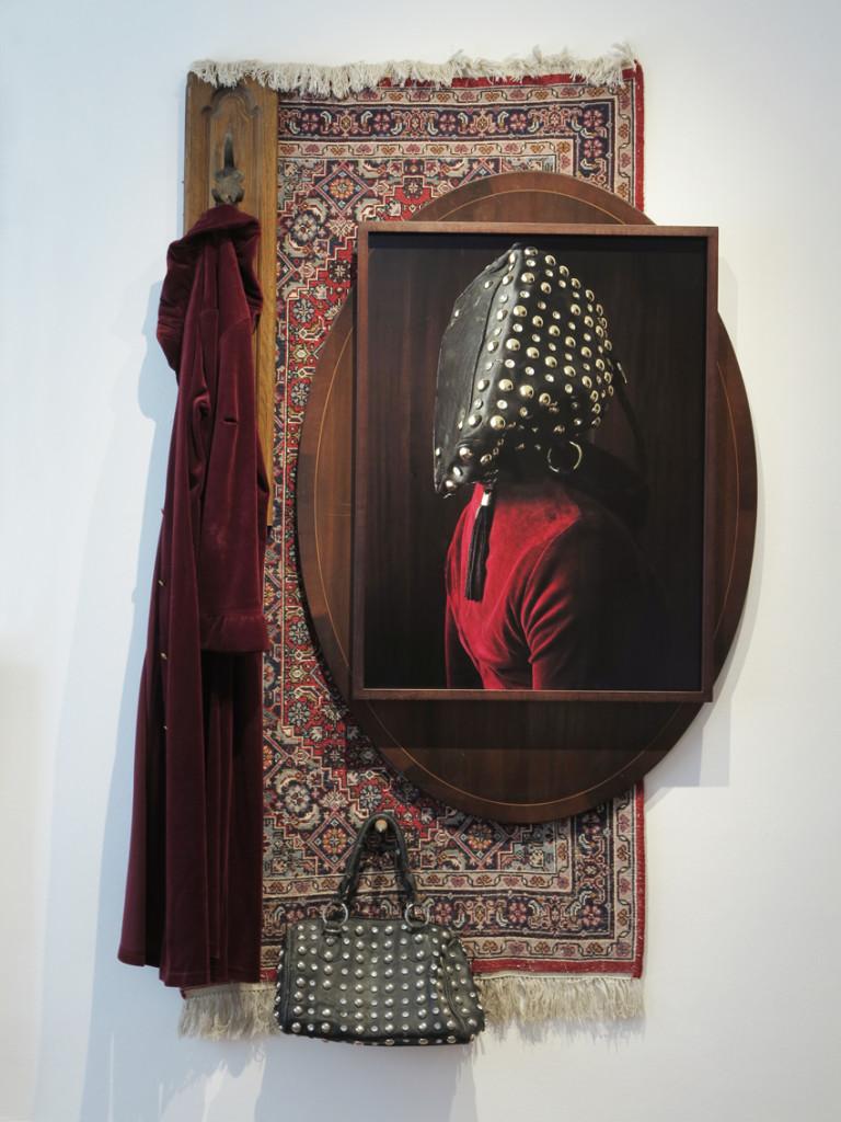 Ovelia, 2020, C-Print + found objects, 110 x 155 x 12 cm©T_Brinkmann